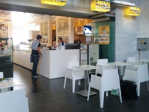 χωρος εστιατοριου-καφε